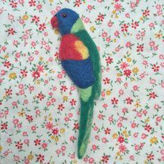 Items similar to Rainbow Lorikeet Needle-felt Wool Brooch on Etsy Small Scissors, Wool Felt, Felted Wool, Wool Embroidery, Felt Birds, Australian Animals, Felt Animals, Flower Crown, Needle Felting