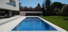 Aquí puedes encontrar fotos con ideas de diseño de interiores. ¡Inspírate! Outdoor Decor, Home Decor, Design Ideas, Pools, Architects, Interior Design, Houses, Fotografia, Pictures