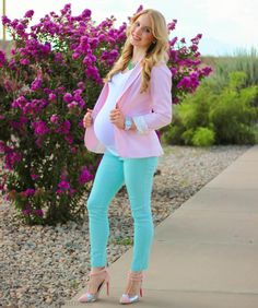 My pregnancy style: Pastel Bliss at 35 weeks pregnant wearing a pink blazer mint pants and pink heels.