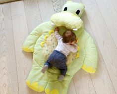 Love this! Hippo Play Mat by OumieLeomie on Etsy