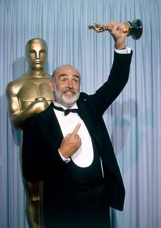 Sean Connery James Bond, Film Man, Movie Co, Hollywood Scenes, Scottish Actors, Best Supporting Actor, Hollywood Celebrities, Star Wars, Vintage Hollywood