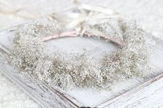 Real Dried Baby 's Breath Crown, Tie Back Wreath, White and Gray Floral Crown, Flower Girl, Wedding Accessories
