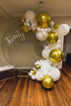 Circle gold backdrop draped with white and gold balloon garland for an 18 th Gold Backdrop, Balloon Backdrop, Balloon Garland, Balloon Decorations, 25 Birthday, Birthday Parties, 21st Birthday Decorations, White Balloons, Grey And Gold