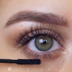 makeup natural makeup and eyelash extensions makeup for 70 year old woman eye with makeup tutorial makeup artist eye makeup remover is the best for eye makeup makeup for green eyes Makeup Eye Looks, Smokey Eye Makeup, Eyebrow Makeup, Skin Makeup, Eyeshadow Makeup, Winged Eyeliner, Prom Makeup, Wedding Makeup, Eyeshadow Palette