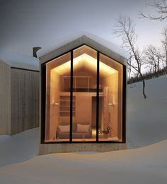 Split View Mountain Lodge vacation retreat in Norway
