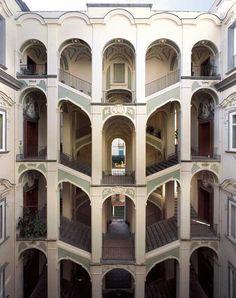 Napoli, Palazzo dello Spagnolo