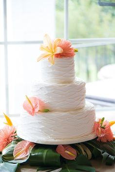 Tropical inspired beach wedding cake