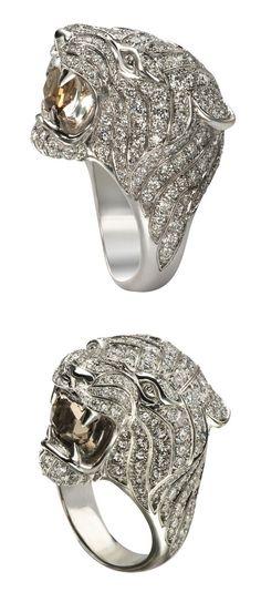 Carrera y Carrera Bestario Collection White Gold Diamond Mini Tigre Ring with Smokey Quartz Vintage Rings, Vintage Jewelry, Unique Jewelry, Celtic Wedding Rings, Butterfly Bracelet, Diamond Bracelets, Smokey Quartz, Anniversary Rings, White Gold Diamonds