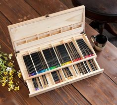 Pencil Drawing Color Color Escapes Wooden Art Case - Kids and adults can organize their coloring pencils and fine line markers in this Wooden Pencil Case with 72 Colored Pencils included. Colored Pencil Storage, Crayola Colored Pencils, Pencil Organizer, Wooden Pencils, Warm And Cool Colors, Art Storage, Art Case, Pencil Boxes, Wooden Art