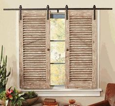 How to recycle and decorate with old shutters. Recycle your old shutters with these fantastic tips and tricks. Recycle old shutters with these fantastic projects and DIY crafts! Old Shutters Decor, Old Window Shutters, Shutter Decor, Repurposed Shutters, Window Mirror, Window Frames, Decorating With Shutters, Shutter Shelf, Vintage Shutters