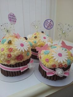 Mother's Day Giant cupcakes