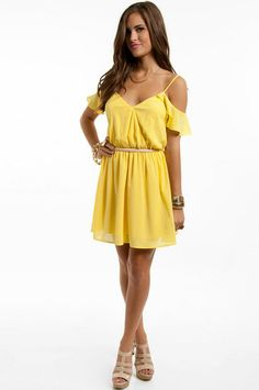 This is the cutest yellow dress I've ever seen