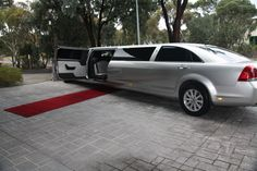 Limousine King are renowned provider of #LimoHireServices for every event - wedding, corporate event, social function or airport transfer.