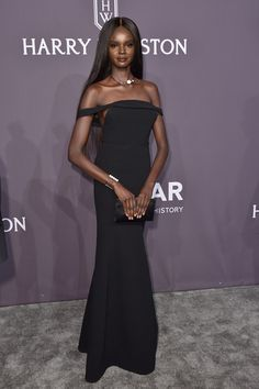 Model Duckie Thot attends the 19th Annual amfAR New York Gala at Cipriani Wall Street on February 8, 2017 in New York City.