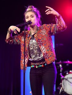 Discover recipes, home ideas, style inspiration and other ideas to try. Lauren Daigle Concert, Laura Daigle, Taya Smith, Hair Wrap Scarf, Sunday Outfits, Boho Chic, Bohemian, What To Wear, Autumn Fashion