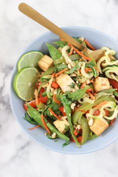 Grain Free Spicy Peanut Zoodle Bowl! Easy, light dinner idea!