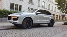 2016 Porsche Cayenne Turbo S – First Drive Review