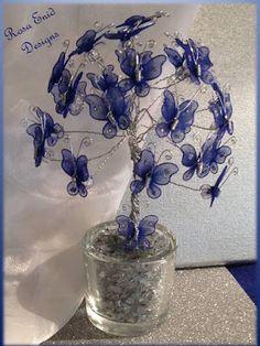 Rosa Enid Cruz Roque: Wire Tree 022 - Butterfly Tree