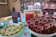 Book themed baby shower. Cloudy with a chance of meatballs