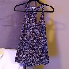 Joie Blousey Tank Joie Blousey Tank features a tiny pocket and fun graphic print. 100% silk. Worn once. Joie Tops Tank Tops