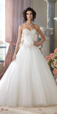 Snow White wedding dress - by Mon Cheri