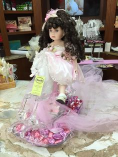 Baby girl chocolate basket Baby Party Favors, Chocolate Basket, Girls Dresses, Flower Girl Dresses, Wedding Designs, Wedding Dresses, Fashion, Moda, Dresses For Girls