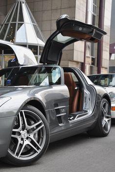 lujo, pasión por el motor, diseño, innovación, velocidad, interior, acabados de detalle, mercedes-benz ¿Qué más se puede pedir?  www.cochessegundamano,es