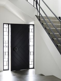 Love everything about this house! How gorgeous is this door?!? Love! Middle Park House / KPDO