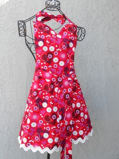 Red Apron with hearts and daisies is reversible to white with little red hearts by judarose on Etsy