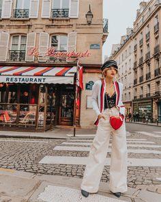 """Alice op Instagram: """"Exploring Saint Germain des Prés 🇫🇷❤️ #visitparis #mhctravel"""""""