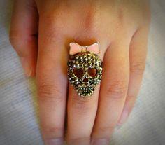 Anel Caveirinha com Laço. Ring.