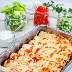Burritos, Food For The Gods, Halloumi, Vegetarian Recepies, Mexican Food Recipes, Healthy Recipes, Good Food, Yummy Food, Tacos