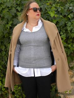 abrigo-camel-abrigo-largo-marron-los-looks-de-mi-armario-look-casual-look-abrigo-camel-abrigo-invierno-camel-blogger-madrid-blogger-curvy-plus-size-talla-grande-talla-XL-curves-muejes-reales-01.