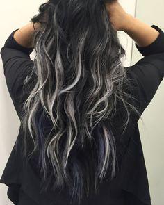 Шатуш на темные длинные волосы.