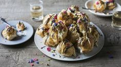 Nigel Slater& profiteroles use both a simpler version of choux pastry and an easy alternative to proper custard. Cream Cheese Eggs, Chocolate Cream Cheese, Chocolate Icing, Custard Recipes, Pastry Recipes, Bath Recipes, Nigel Slater, Choux Pastry, Mary Berry