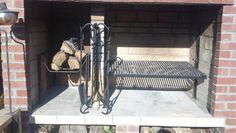 Diseño de Parrilla: cenicero aparte para hacer el fuego.