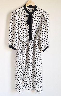 Vintage Albert Nipon Dress -- 70s / 80s Secretary Dress -- Sweetheart Tie Front -- High Waist -- Black & White Leaf Print -- Size Large by ImprovGoods on Etsy