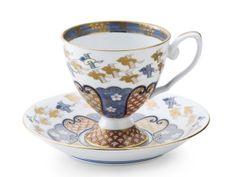 金彩千鳥祥瑞【コーヒー碗皿】 Coffee Cups, Tea Cups, Cup And Saucer, Tableware, Coffee Mugs, Dinnerware, Tablewares, Coffee Cup, Dishes