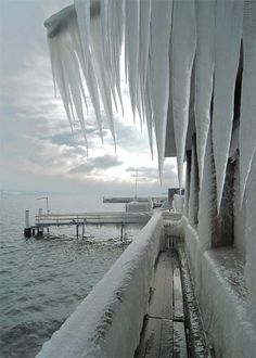 Ice storm, Switzerland. Ice storms occur when a layer of warm air is between two layers of cold air. Frozen precipitation melts while falling into the warm air layer, and then proceeds to refreeze in the cold layer above the ground. When these supercooled drops hit the ground, everything instantly freezes under a layer of ice.
