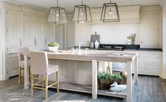 Coastal Retreat, a Classic Kitchen by AndrewRyan.ie. Craftsmanship since 1973.Like the lightening