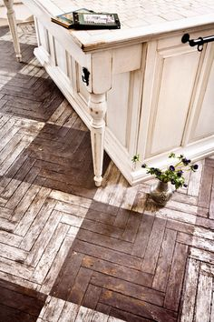 parquet..I think that I would get tired of this look but it is interesting to me.