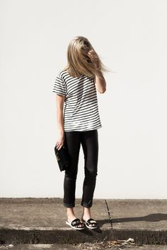 #beauty #style #fashion #woman #clothes #outfit #wearable #spring #black #pants #striped #tee