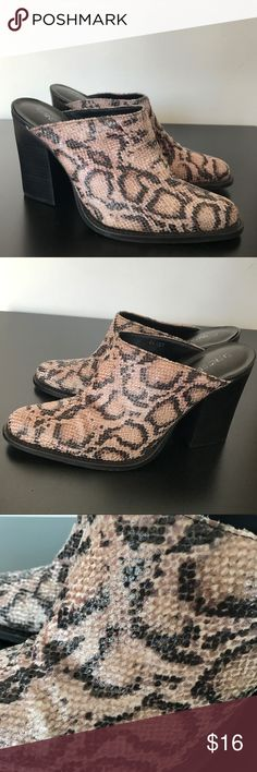 Snake Print Mules Pumps Heels Shoes Sz 8.5 In good condition, size 8.5. Chinese Laundry brand. Made in Brazil. Chinese Laundry Shoes Mules & Clogs