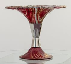 From GDUKStyle Artisan feature: Glass vase - price on application: www.carrieannefunnell.co.uk.