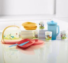 Tupperware | Early Ages Eco™ Super Heroes Kids Party Set
