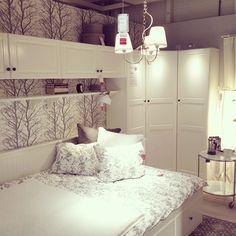 Chcę tutaj zamieszkać  #ikea #ikeakatowice #ikeabedroom #newhome #nigdystadniewyjde #bedroom #szukammebli #nowasypialnia #white #instadecor #decor #decoration #home @ikeapolska #ikeafamily