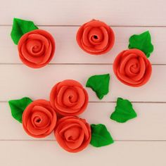 Red Icing Roses and Leaves   www.LayerCakeShop.com