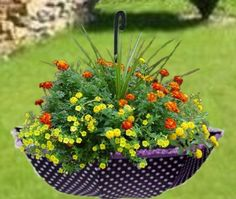 Flower beds ideas. | Handmade website
