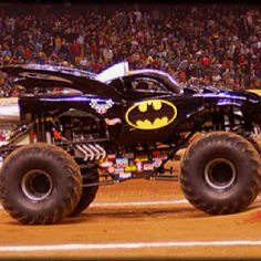 Most Incredible Monster Trucks on Earth Big Monster Trucks, Monster Jam, Rc Trucks, Pickup Trucks, Batmobile, Maserati, Cars And Motorcycles, Hot Wheels, Cool Pictures