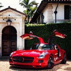 Red Mercedes SLS. Superb!